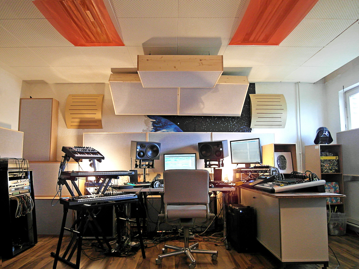 Case Study: Acoustic Treatment in Ruede Hagelstein's Studio