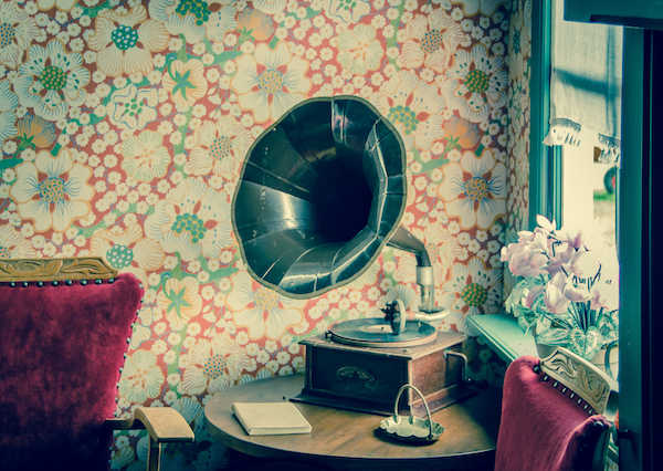 A gramophone on a table